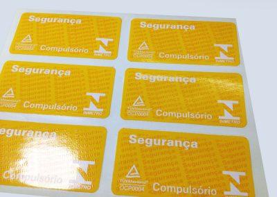 etiquetas-adesivas-em-vinil-em-sp-2