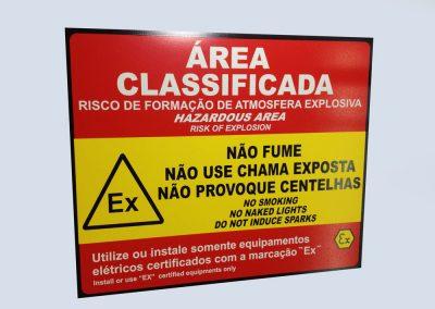 Etiquetas em PVC