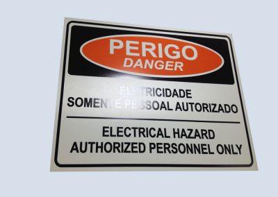 etiquetas-placas-de-pvc-em-sp-1