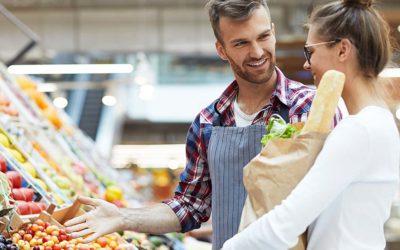 Por que adotar um padrão visual nos cartazes promocionais em seu supermercado